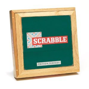 MEG855056 001 300x300 - Scrabble - Édition vintage